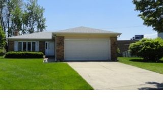 1 BR,  1.50 BTH  Single family style home in Carol Stream